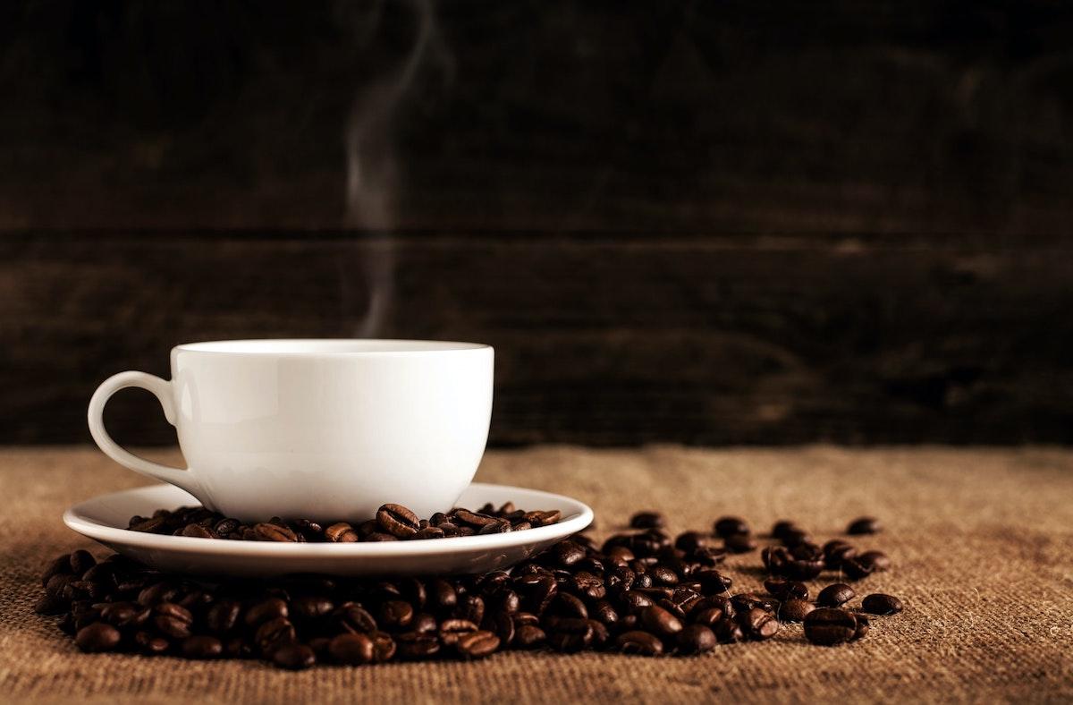 コーヒーは健康に良いの?悪いの?【1日何杯までなら大丈夫?】