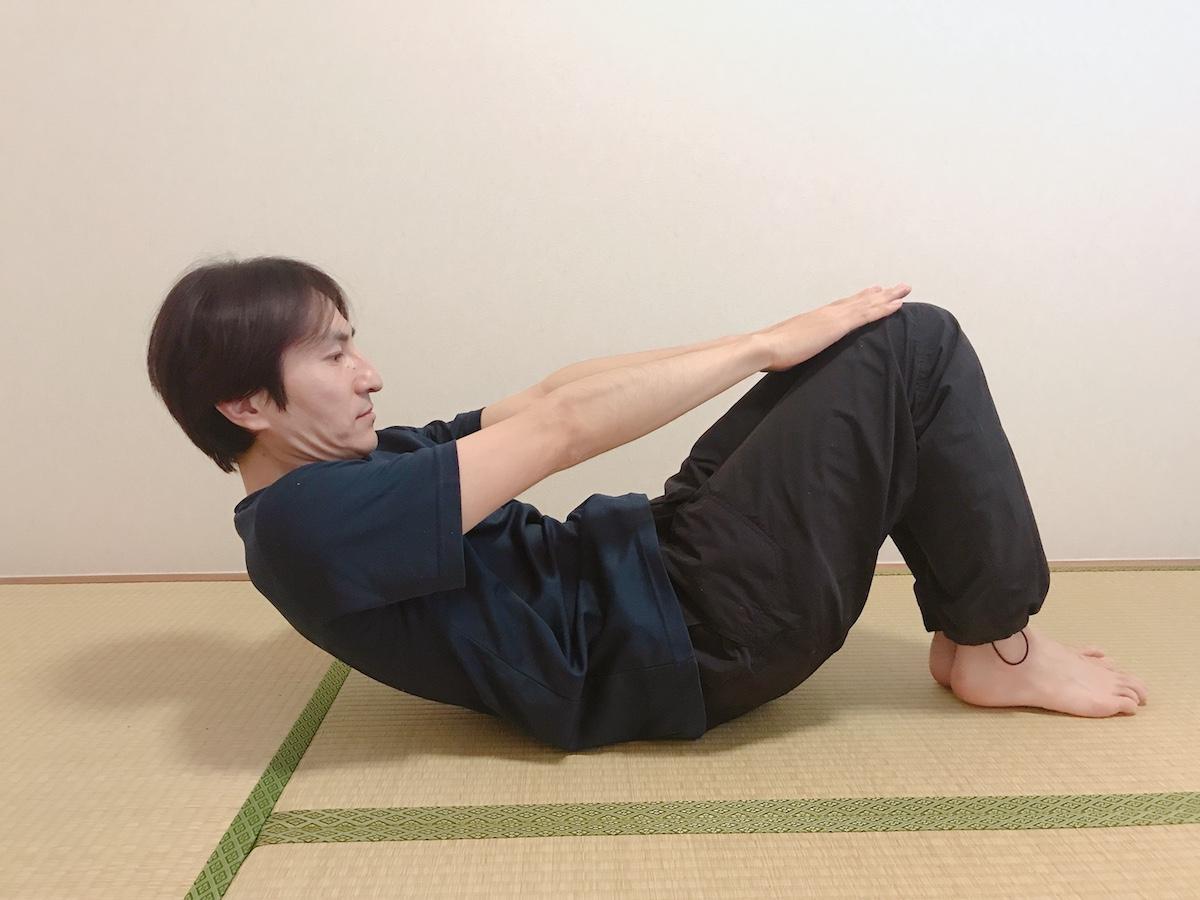 腹筋(ニータッチクランチ)
