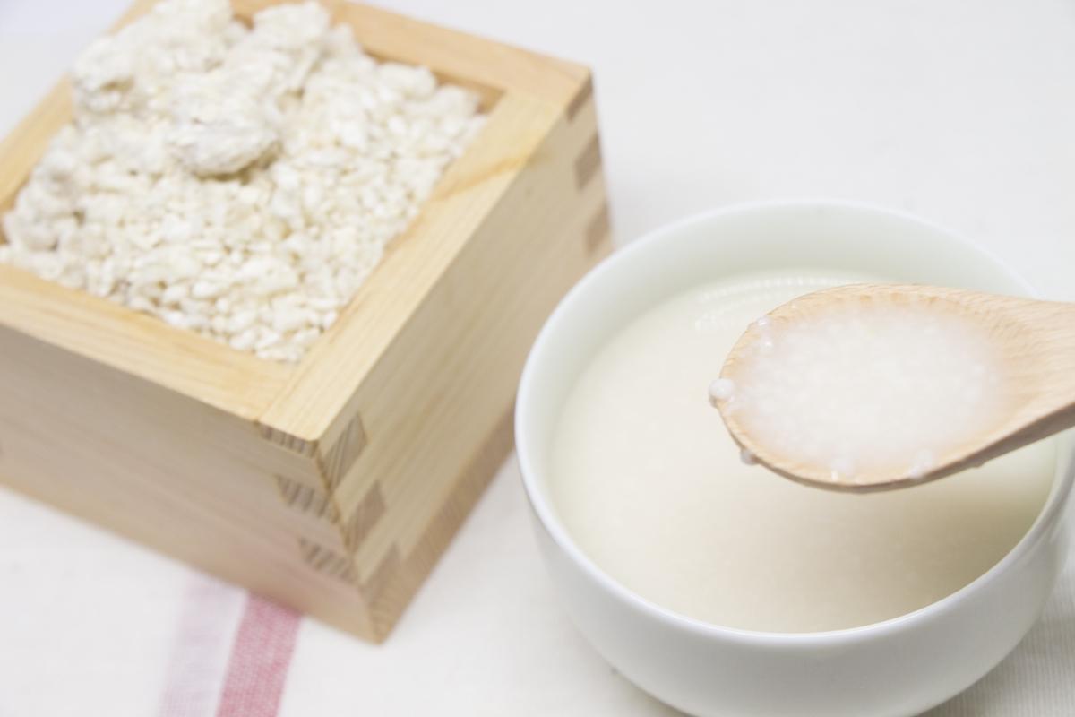 【米麹だけで超簡単】美味しい甘酒の作り方【夏バテ防止に最適!】