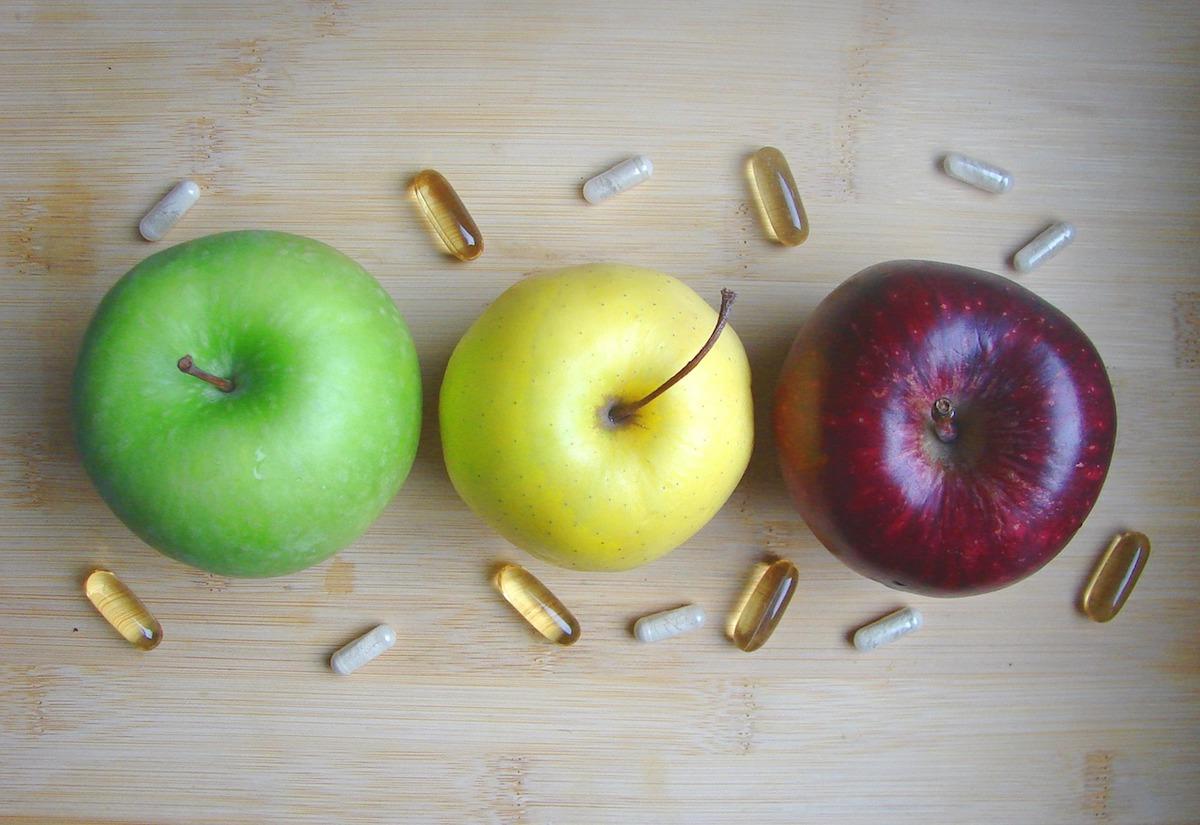 酵素サプリって本当に効果あるの?【まずは食べすぎないことが大切】