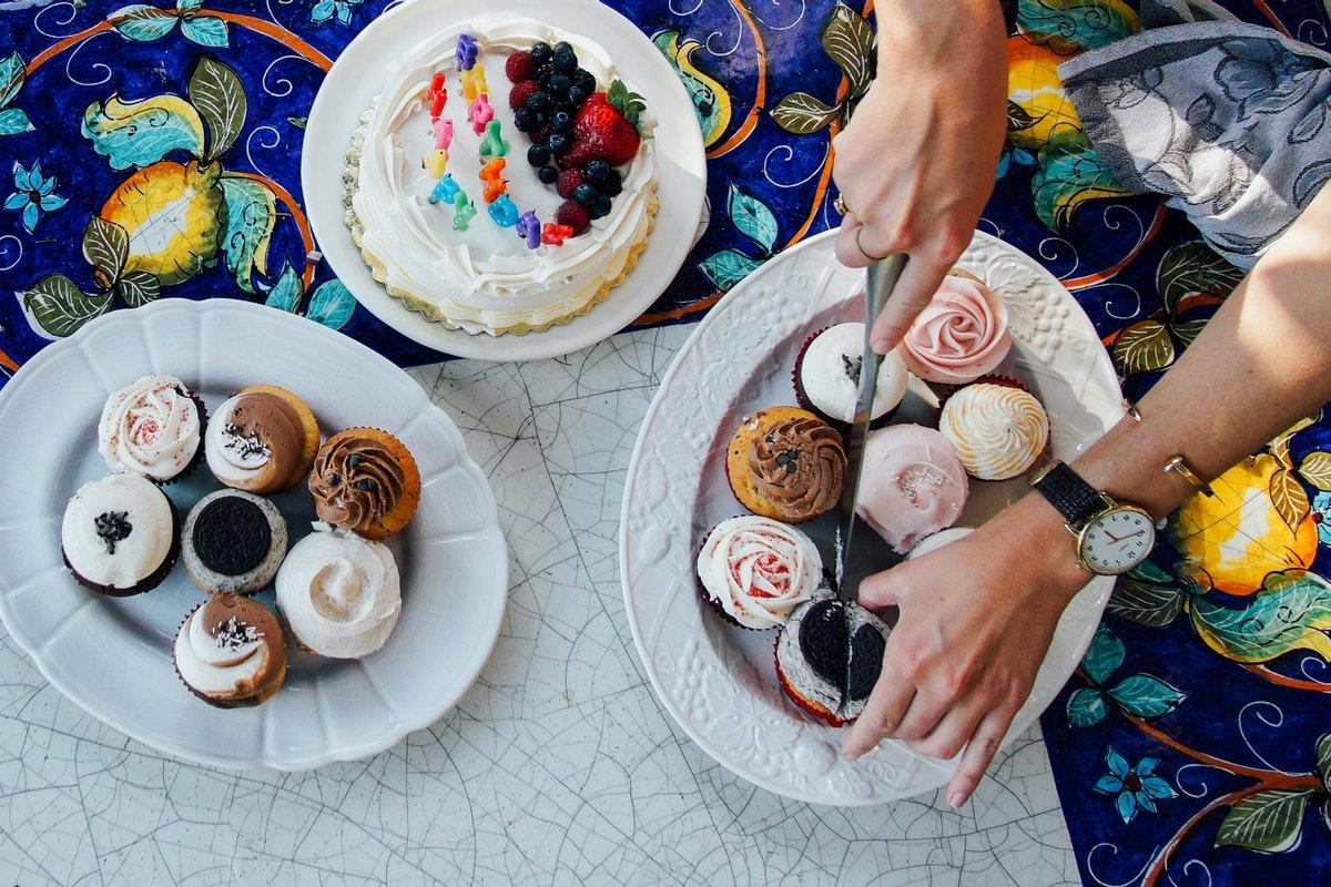 甘いものがやめられない人の7つの特徴【ダイエットにも良い対策法】