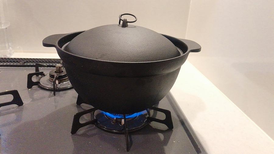 炊飯2:中火で沸騰するま加熱します