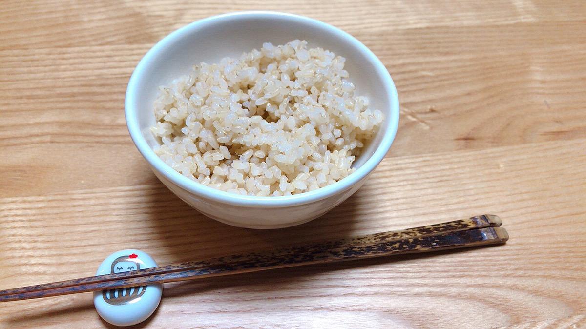鉄鍋で炊いた発芽玄米を食べてみた